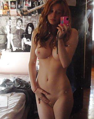 SelfPic Amateur Porn Pics