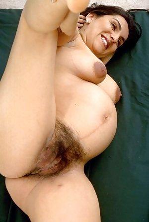 Hairy Amateur Porn Pics