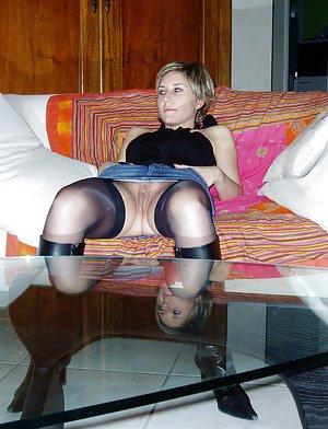 Upskirt Amateur Porn Pics