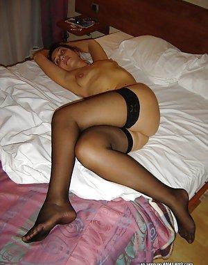 Legs Amateur Porn Pics