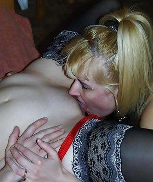 Pussy Lick Amateur Porn Pics